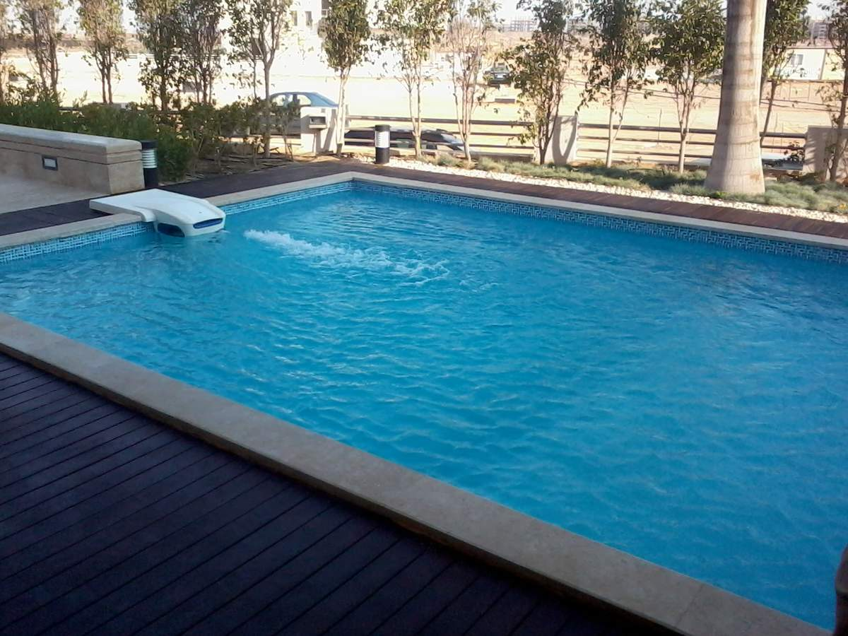 Grand-Heights-Swimming-pool