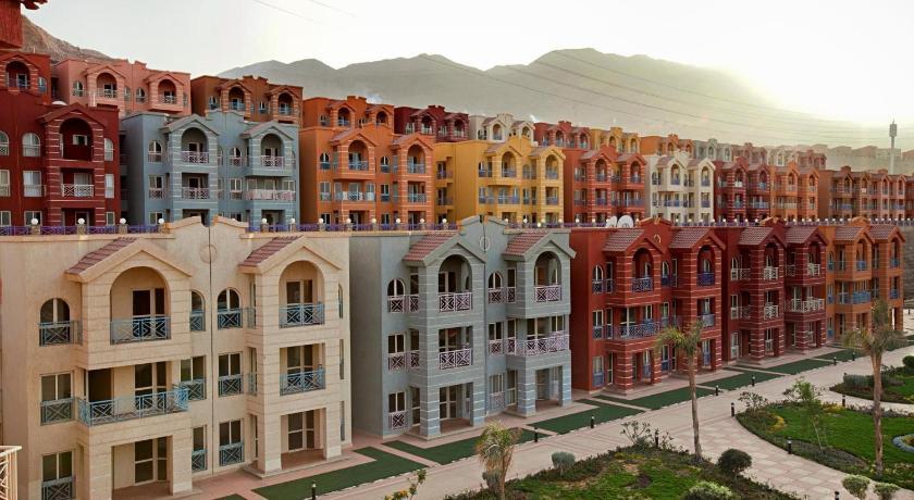 Properties-for-sale-in-Porto-Sokhna
