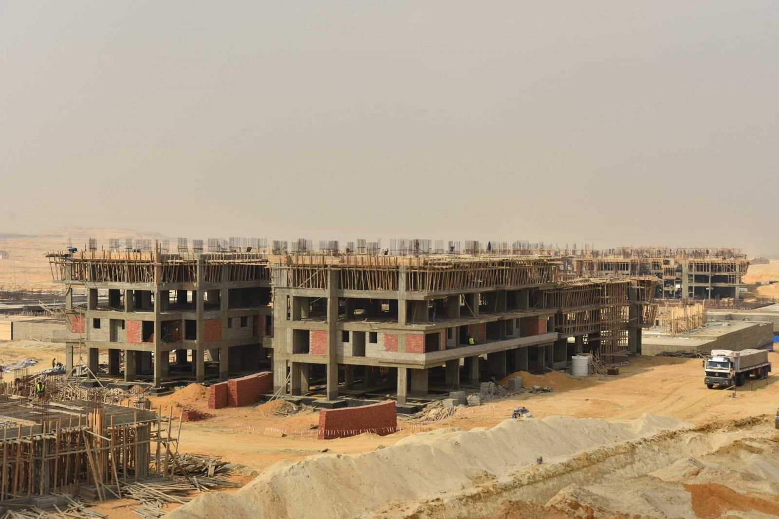 palm hills new cairo compound