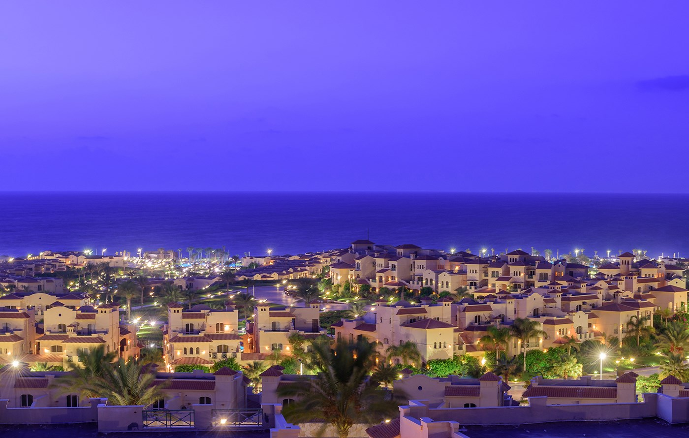 night-view-in-la-vista-ray-sokhna-resort