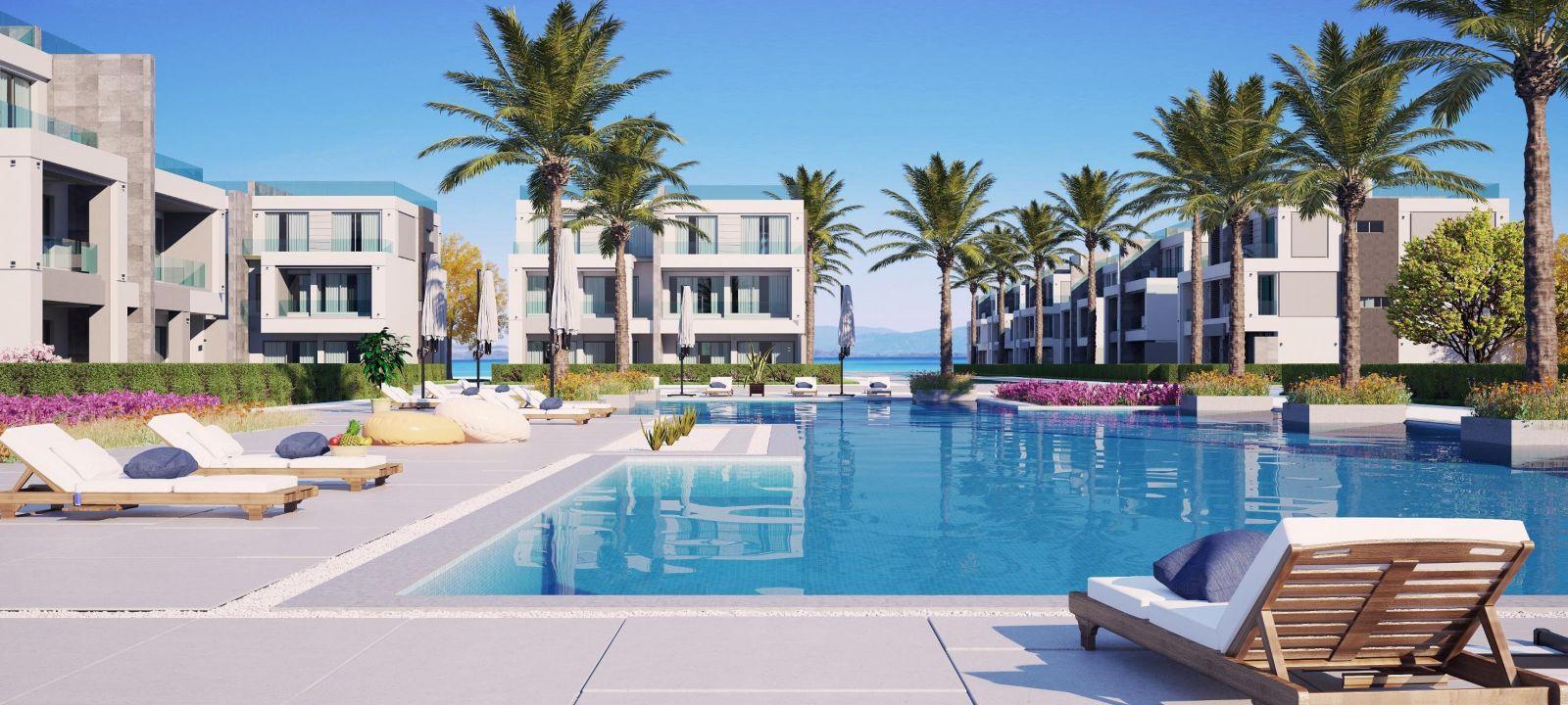 Swimming-pool-in-La-Vista-Topaz