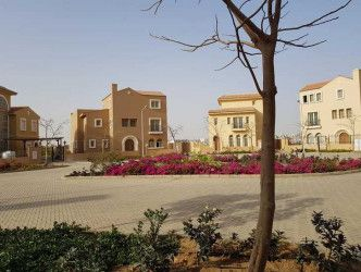 Town House  for sale in Hyde Park New Cairo
