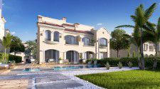 Villa with an area of 300 meters in La Vista City