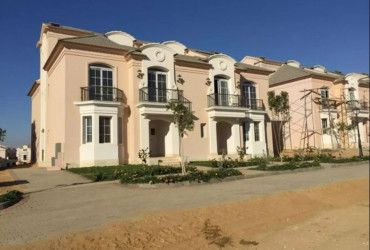 villa for sale in layan sabbour
