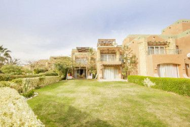 Chalet With Garden in Marina Wadi Degla Resort