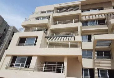 Apartments for sale in Capital Gardens Compound 151 m².