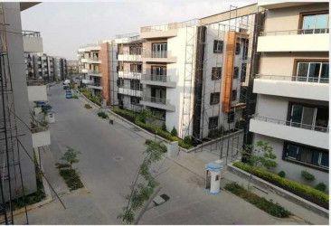 .شقة في كمبوند لاميرادا بمساحة 140 متر