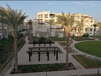 شقة بمساحة 170 متر في أب تاون كايرو القاهرة الجديدة