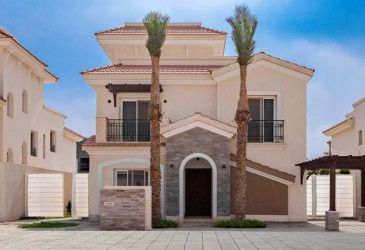 Villa 387 meters in Al Maqsad Compound