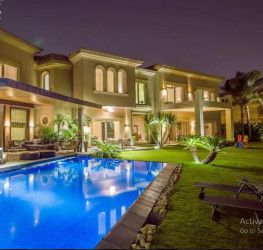 Villas in Swan Lake Residence