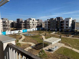 عقارات للبيع في ايون 202 متر