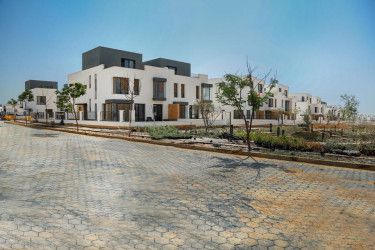 Twin house for sale with an area of 263 meters in Villette