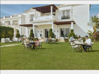 Villas for Sale in Mountain View 3 with Space 335m