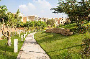 مساحات خضراء في كمبوند قطامية هيلز